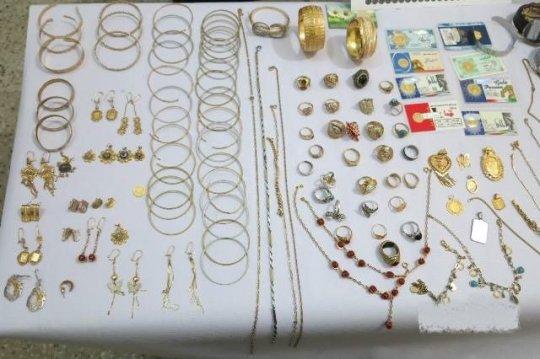 تعقیب و گریز پلیس بوشهر و باند سرقت میلیاردی طلاجات منزل +جزئیات وعکس