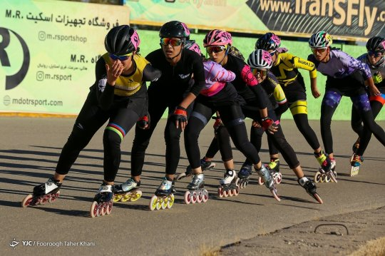 تصاویر/ مسابقات اسکیت سرعت بانوان
