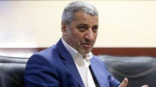 چرا احمدینژاد، بنیصدر نمیشود؟